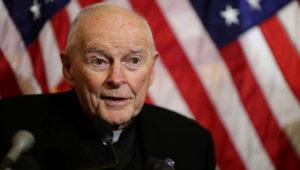 Theodore Edgar McCarrick, cardenal, arzobispo emérito de Washington, EE.UU.