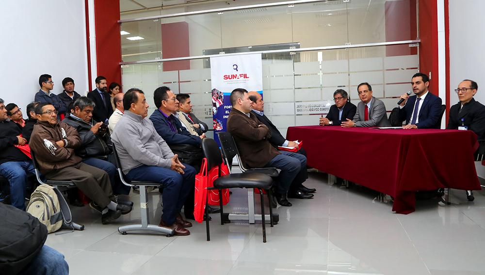 Superintendente de SUNAFIL, Jorge Luis Cáceres, en seminario sobre seguridad y salud en el trabajo. Foto: Sunafil Perú (Flickr)