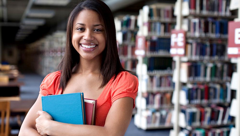 African American Female student. Scott Quinn Photography