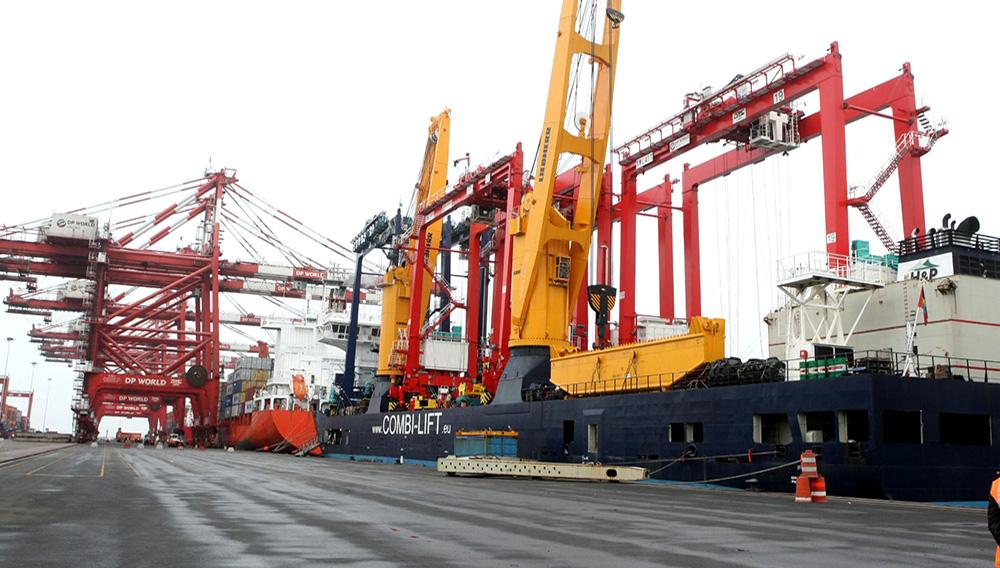 DP World Callao presentará nueva grúa súper post panamax para el Muelle Sur. Foto: ANDINA/Vidal Tarqui