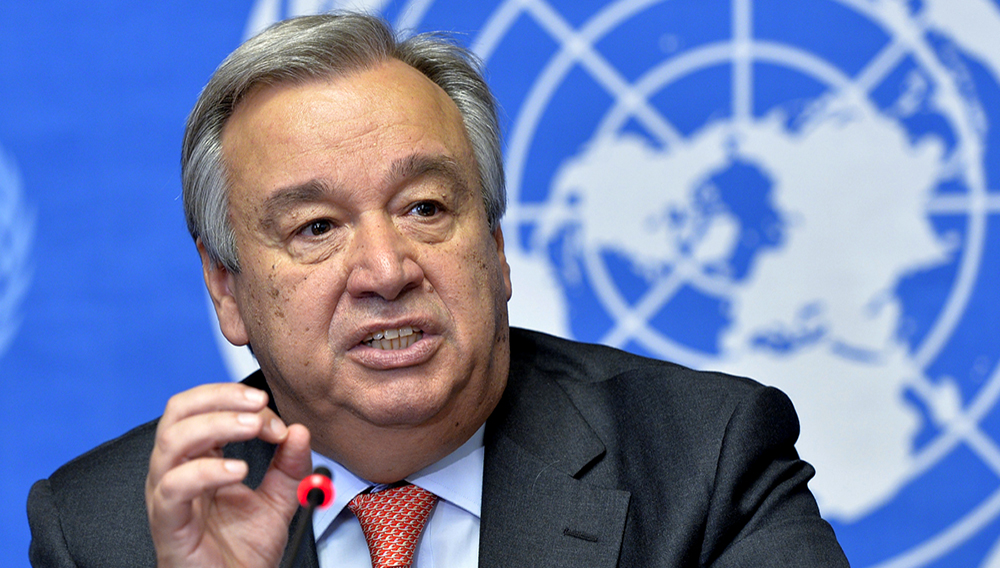 Mr. Antonio Guterres briefs journalists on WFP and UNHCR's urgent joint appeal for food rations in Africa in 2014. (Photo: UN)