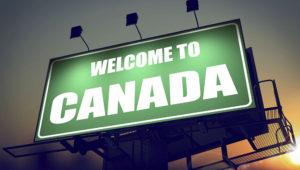 Cartelera de Canadá al amanecer. DepositPhotos.