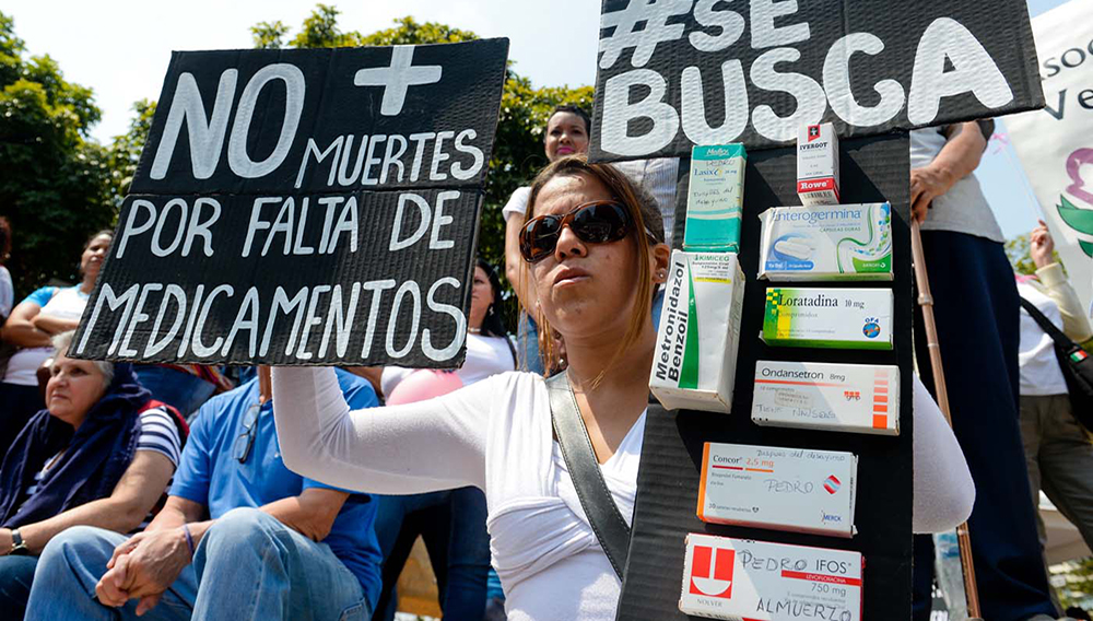 Des Vénézuéliens manifestent contre la pénurie de médicaments qui frappe le pays, le 31 mars 2016 à Caracas (AFP/FEDERICO PARRA)