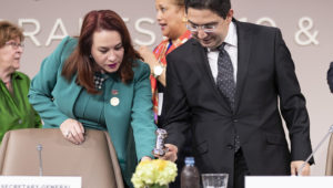 María Fernanda Espinosa Garcés (left), President of the seventy-third session of the General Assembly, and Nasser Bourita, Minister for Foreign Affairs and International Cooperation of Morocco and President of the Intergovernmental Conference on the Global Compact for Migration, close the conference.