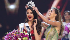 Miss Philippines Catriona Gray is crowned Miss Universe during the final round of the Miss Universe pageant in Bangkok, Thailand, December 17, 2018. REUTERS/Athit Perawongmetha
