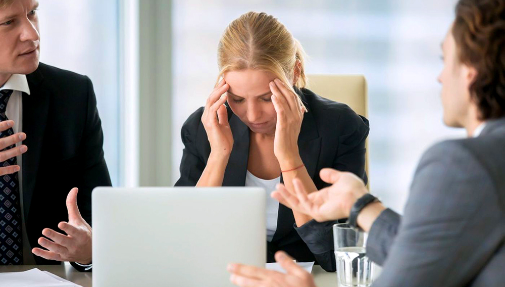 A combined effort of three new studies has found that the majority of office rudeness directed at women comes from women themselves. (fizkes/Getty Images/iStockphoto)