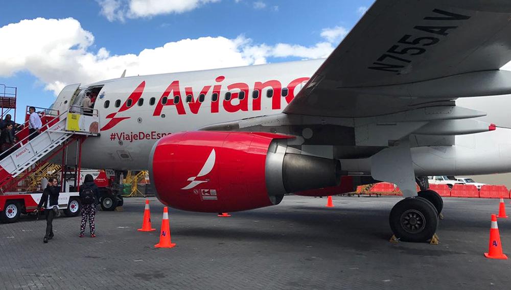 La aerolínea colombiana siempre ha transportado a los papas en sus visitas al país. Foto: Avianca