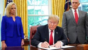Trump firma orden ejecutiva para mantener unidas a las familias en la frontera