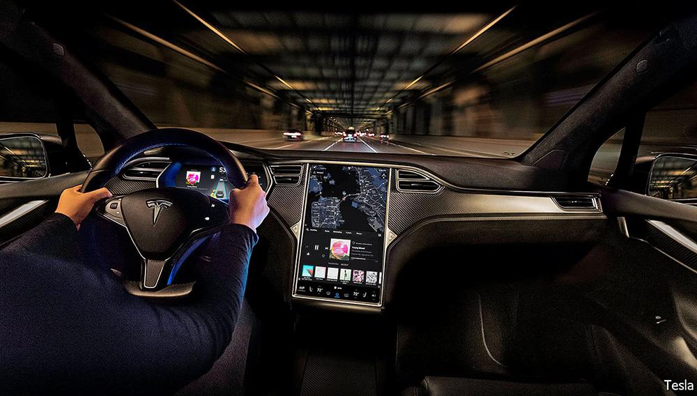 Tesla-model-x-interior-night-1