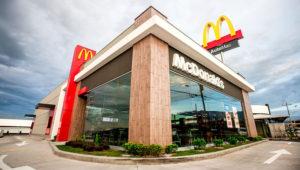 Con la apertura de un nuevo restaurante en el cantón de Barva de Heredia, McDonald´s suma más de 55 los locales desde la llegada de la franquicia al país en 1970. Foto: revistasumma.com