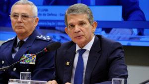 Brigadeiro Rossato e o Ministro da Defesa Silva e Luna na audiência da Comissão de Defesa da Câmara Federal. Foto: Câmara Federal.