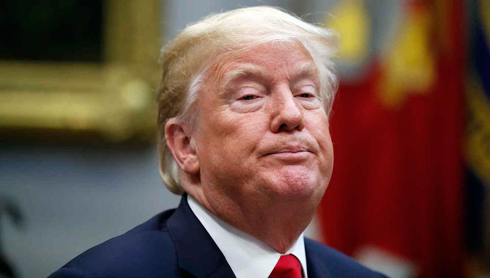 El presidente de Estados Unidos, Donald Trump, hace una pausa durante una discusión sobre programas de apoyo contra las drogas, en el Salón Roosevelt, en la Casa Blanca, el 29 de agosto de 2018, en Washington. (AP Foto/Alex Brandon)
