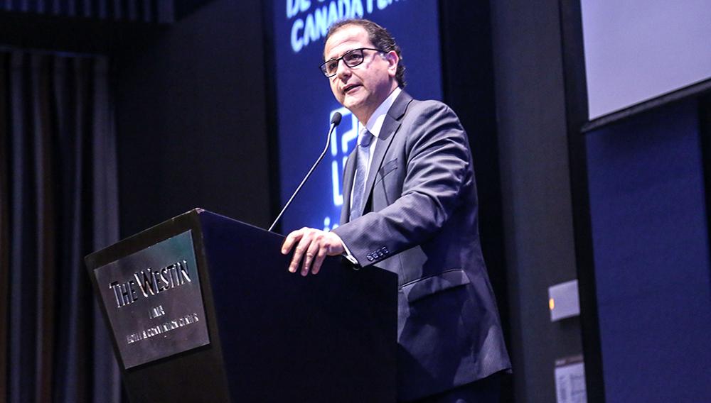 Ministro Francisco Ísmodes presentó balance de sus primeros 150 días de gestión. Tomada el 17 de agosto de 2018. Ministerio de Energía y Minas (Flickr)