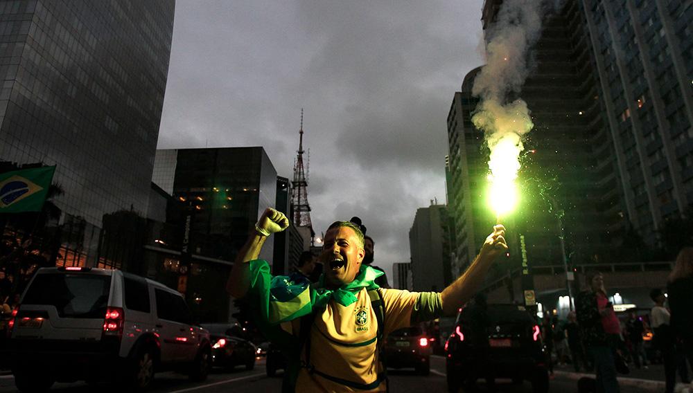 Así estalló San Pablo al conocerse la victoria de Jair Bolsonaro en las elecciones de Brasil. Foto: Infobae