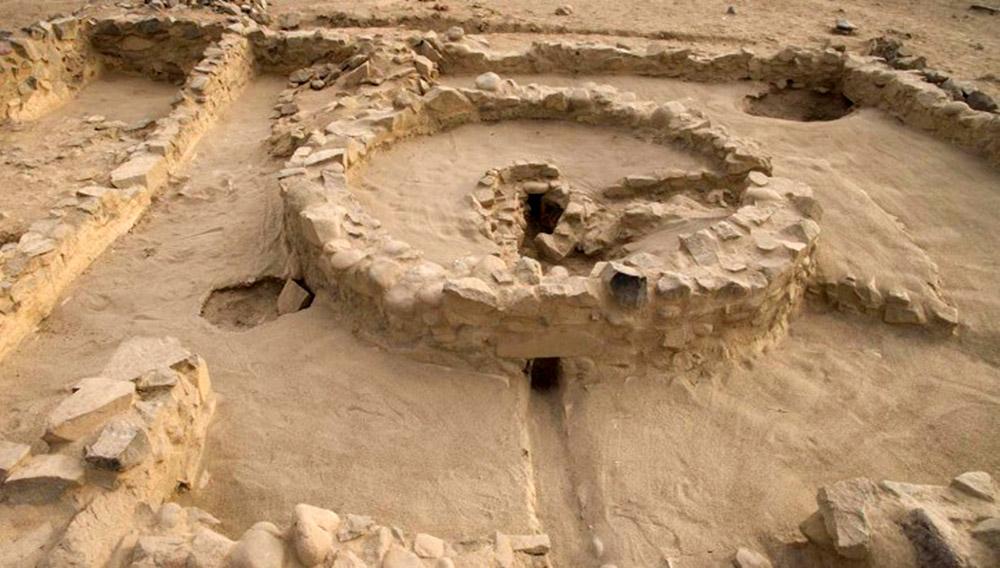 Altares del fuego sagrado de Caral. Foto: Zona Arqueológica Caral (ZAC)/Ministerio de Cultura.