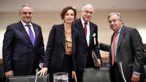 De gauche à droite: Le directeur du Congrès juif mondial et vice-président exécutif Robert Singer, Ula directrice générale de l'UNESCO Audrey Azoulay, le président du Congrès juif mondial Ronald S. Lauder, et le secrétaire général des Nations unies Antonio Guterres., au centre (Crédit: Shahar Azran).