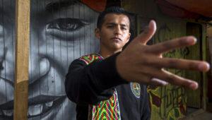 Liberato Kani, un rapero peruano, compone y canta temas en quechua como forma de difusión de sus tradiciones y cultura. Foto: yorokobu.es