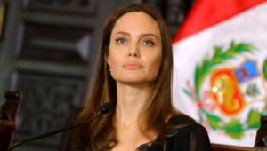 Actriz estadounidense Angelina Jolie durante una conferencia de prensa en Palacio de Gobierno de Lima, Perú. Foto: Reuters