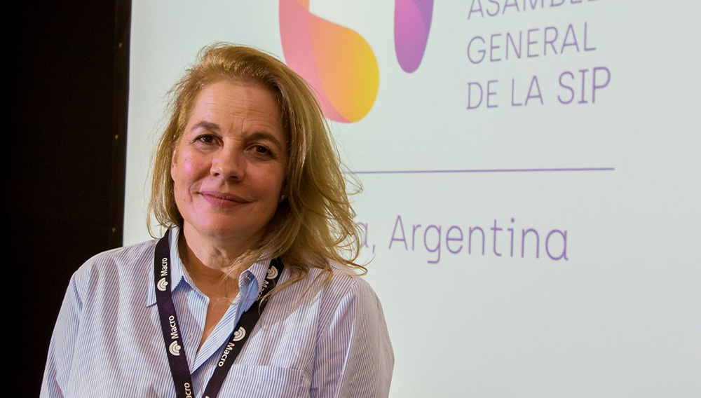 La presidenta de la SIP, María Elvira Domínguez Lloreda, posa para una fotografía. EFE/Archivo