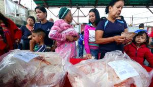 Gobierno de Venezuela distribuirá más de 20 mil toneladas de pernil y alimentos navideños. Foto: AVN.
