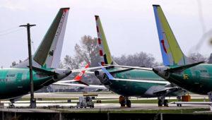 ARCHIVO - En esta fotografía de archivo del 14 de noviembre de 2018, aviones 737 MAX 8 de Boeing están estacionados cerca de las instalaciones de armado de la compañía en Renton, Washington. (AP Foto/Ted S. Warren, archivo)