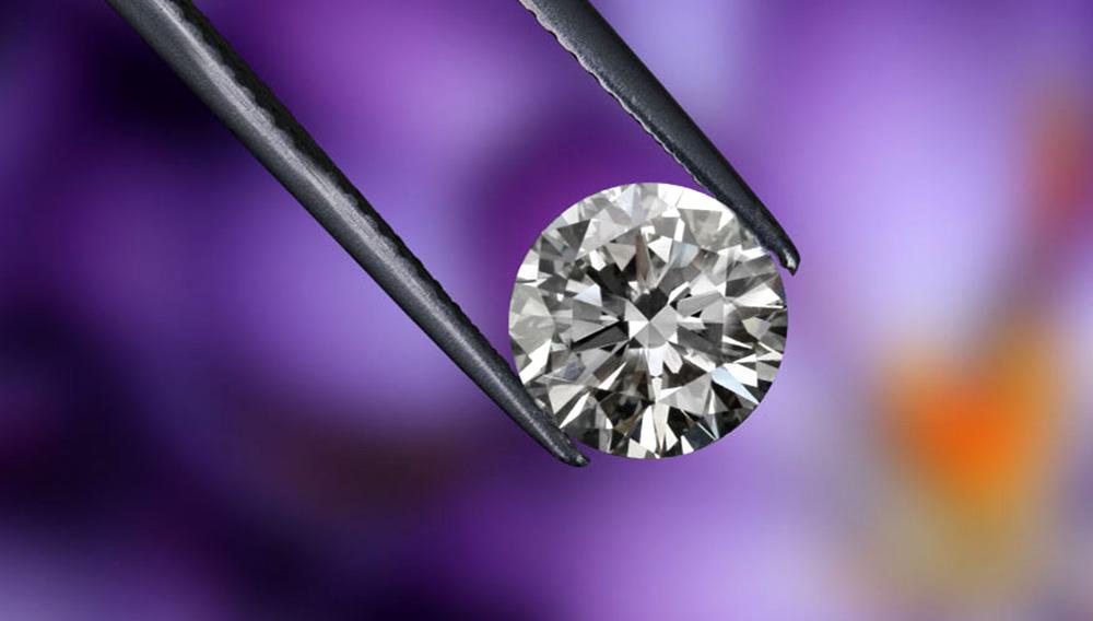 Fate of lab grown diamond. Photo: 25karats.com