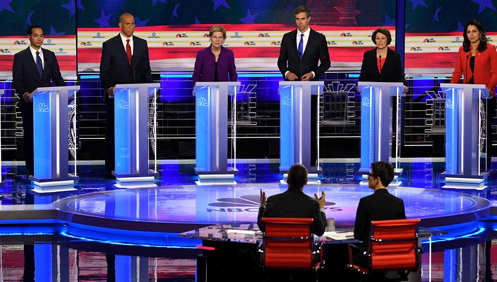 Debate de precandidatos demócratas a las presidenciales de 2020 de Estados Unidos, el 26 de junio de 2019. AFP / JIM WATSON