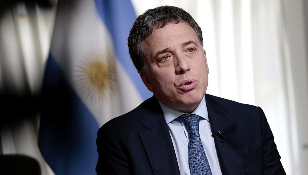 El ministro de Hacienda de Argentina, Nicolás Dujovne, durante una rueda de prensa en la sede del ministerio en Buenos Aires.   Bloomberg Latam