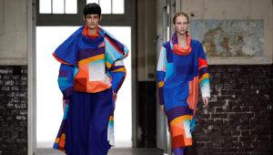 Creaciones de la colección Otoño/invierno 2019-2020 del diseñador japonés Yoshiyuki Miyamae para la firma Issey Miyake durante la Semana de la Moda de París (Francia). EFE/ Ian Langsdon/Archivo