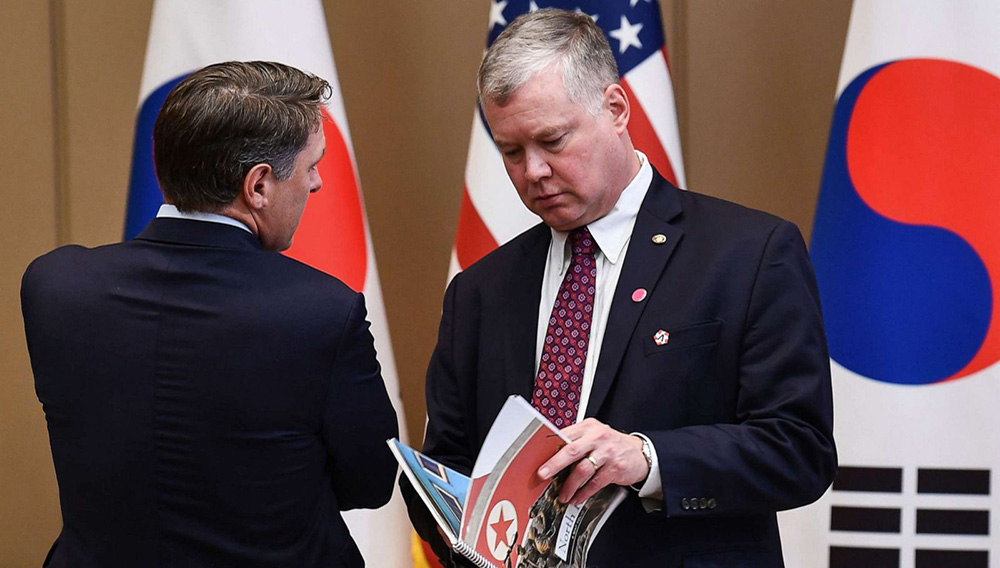 U.S. Special Envoy for North Korea Stephen Biegun, right, waits for South Korean President Moon Jae-in and President Donald Trump before an expanded meeting at the presidential Blue House in Seoul, June 30, 2019.U.S. Special Envoy for North Korea Stephen Biegun, right, waits for South Korean President Moon Jae-in and President Donald Trump before an expanded meeting at the presidential Blue House in Seoul, June 30, 2019. Brendan Smialowski/AFP/Getty Images