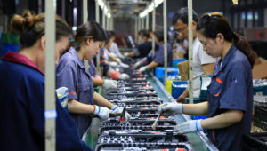 Sluggish domestic and overseas demand has slowed China's manufacturers while a sharp U.S. tariff hike announced in May threatens to crush already-thin profit margins. © Reuters