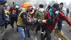 Infobae en Ecuador: las fotos de las violentas protestas en el centro de Quito. (Foto: Franco Fafasuli)