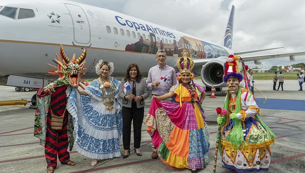 El Boeing 737-800 Premium, operado por Copa Airlines, estará volando con una nueva imagen que presenta los principales atractivos que tiene Panamá, como parte del programa Panamá Stopover. Foto: Copa Airlines