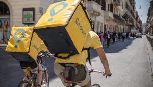 Ahora denuncian por precarización laboral a Glovo, el Uber de los cadetes. Foto: Rosario Plus