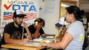 Muchos latinos en riesgo de que se les niegue oportunidad de votar. EFE