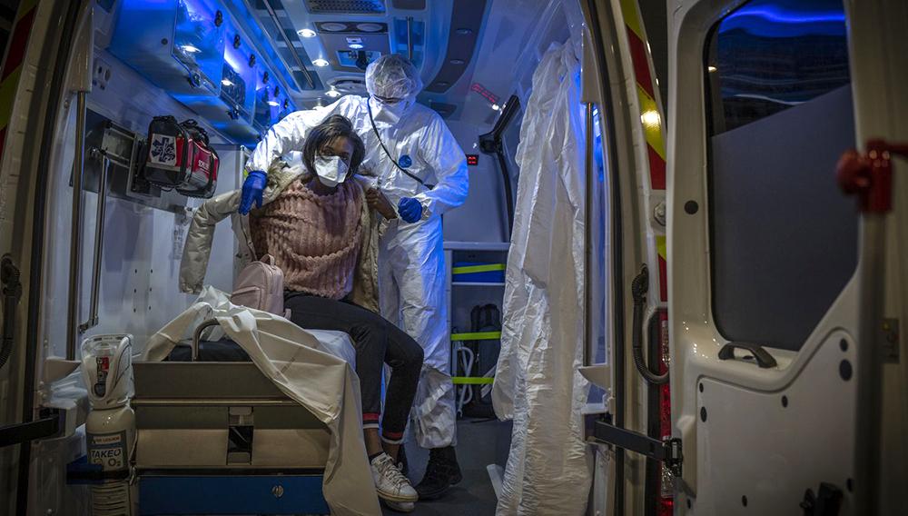 Madrid sigue siendo la región más afectada, con 44 mil 783 contagios, 5 mil 972 muertes y 22 mil 414 curados. FOTO: Especial.