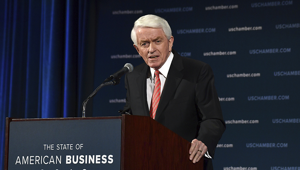 """FILE- In this Jan. 10, 2018, file photo, U.S. Chamber of Commerce President and Chief Executive Officer Thomas Donohue delivers his annual """"State of American Business"""" address at the Chamber of Commerce in Washington. (AP Photo/Susan Walsh, File)"""