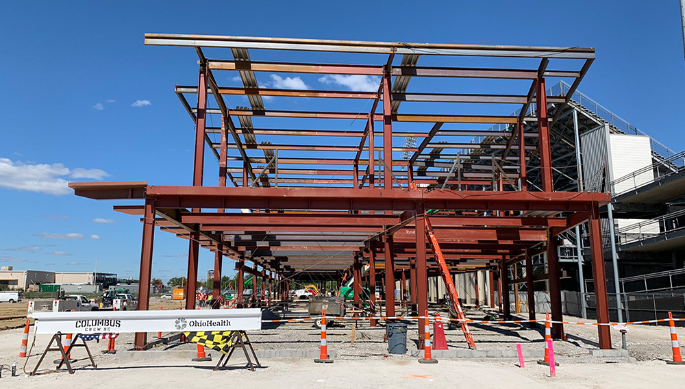 Final steel beam going up today on the new training facility. | Photo: Jacob Myers/Columbus Dispatch
