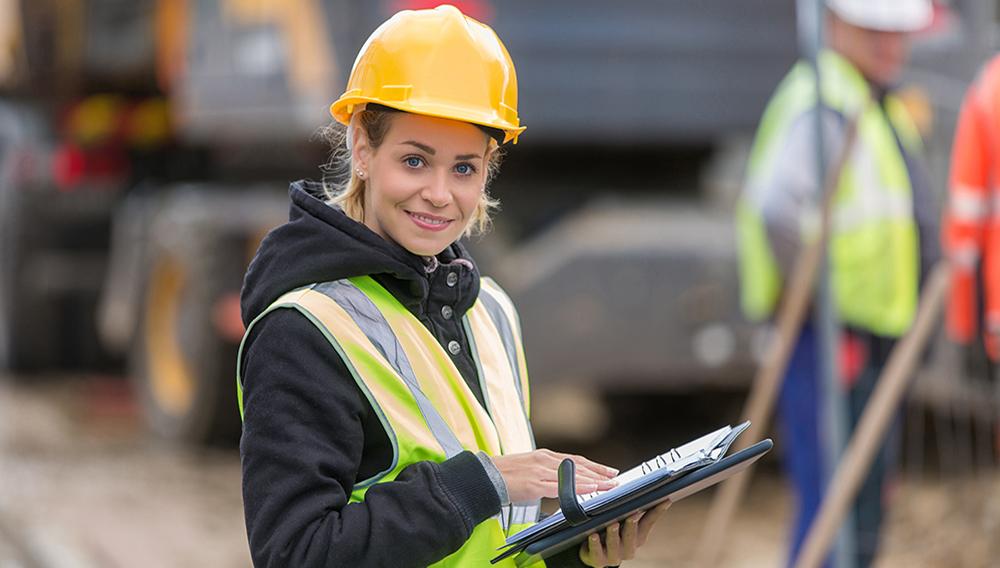 Women in construction. | Photo: Shutterstock