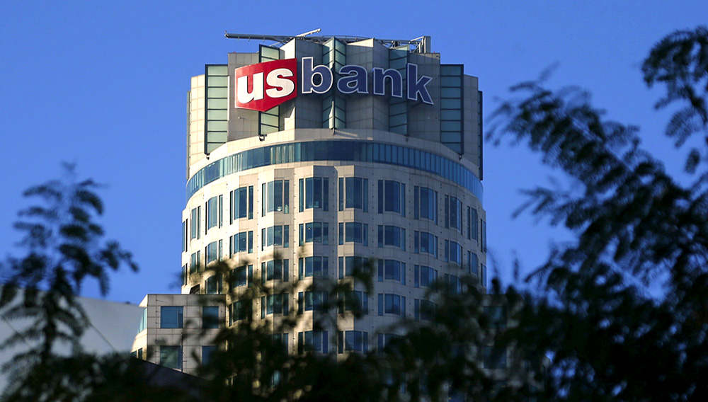 The US Bank Tower. | Mike Blake/Reuters