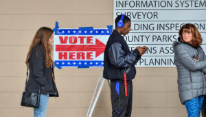 Voters line up outside the Vigo County Annex in Terre Haute, Indiana, on Nov. 5, 2018, to take advantage of the final day of early voting. (Austen Leake/Tribune-Star via AP)
