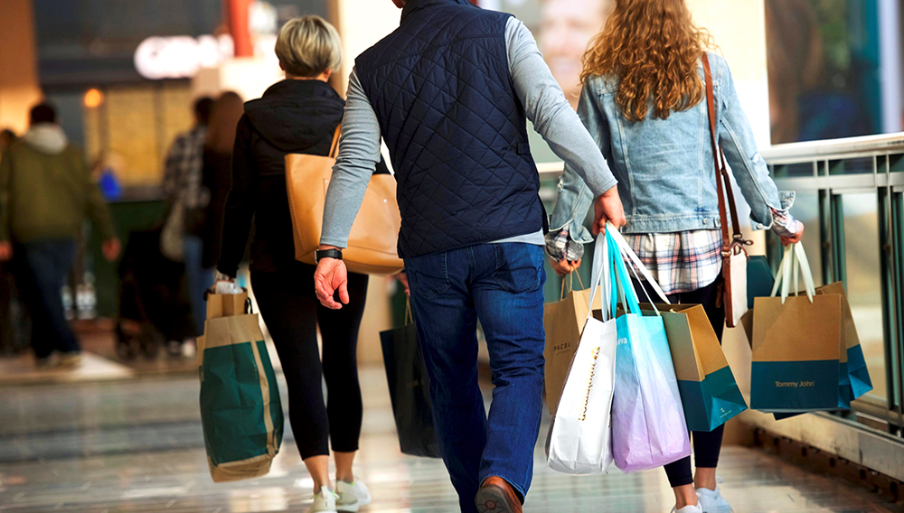 Shoppers at the King of Prussia Mall in Pennsylvania, the largest retail shopping space in the U.S., on Dec. 8, 2018.Mark Makela / Reuters file