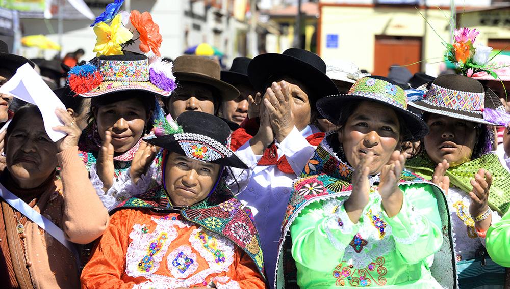 Mujeres de la región Huancavelica, en la sierra de Perú. | FOTO: Ministerio de la Mujer y Poblaciones Vulnerables del Perú (MIMP).