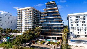 Apartamentos de lujo en primera línea de playa en Miami, Florida, en enero pasado.   EDUCATION IMAGES (JEFFREY GREENBERG/UNIVERSAL IMAG)