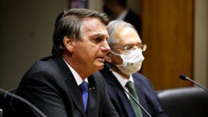 (Brasília - DF, 22/10/2021) Presidente da República Jair Bolsonaro e o Ministro de Estado da Economia Paulo Roberto Nunes Guedes, durante declaração à imprensa. | FOTO: Palácio do Planalto, Clauber Cleber Caetano/PR (Flickr)